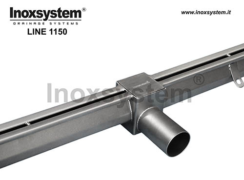 Stainless steel heelguard reduced slot channel with inspection gully