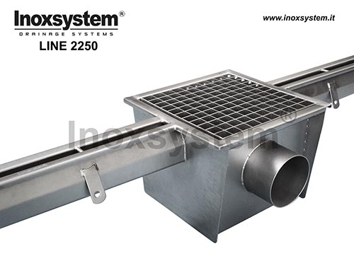 standard stainless steel slot channel with grated gully, siphoned outlet and removable filter basket